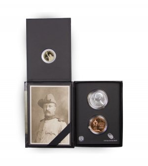 2013 Theodore Roosevelt Coin and Chronicles Set in Original Government Packaging